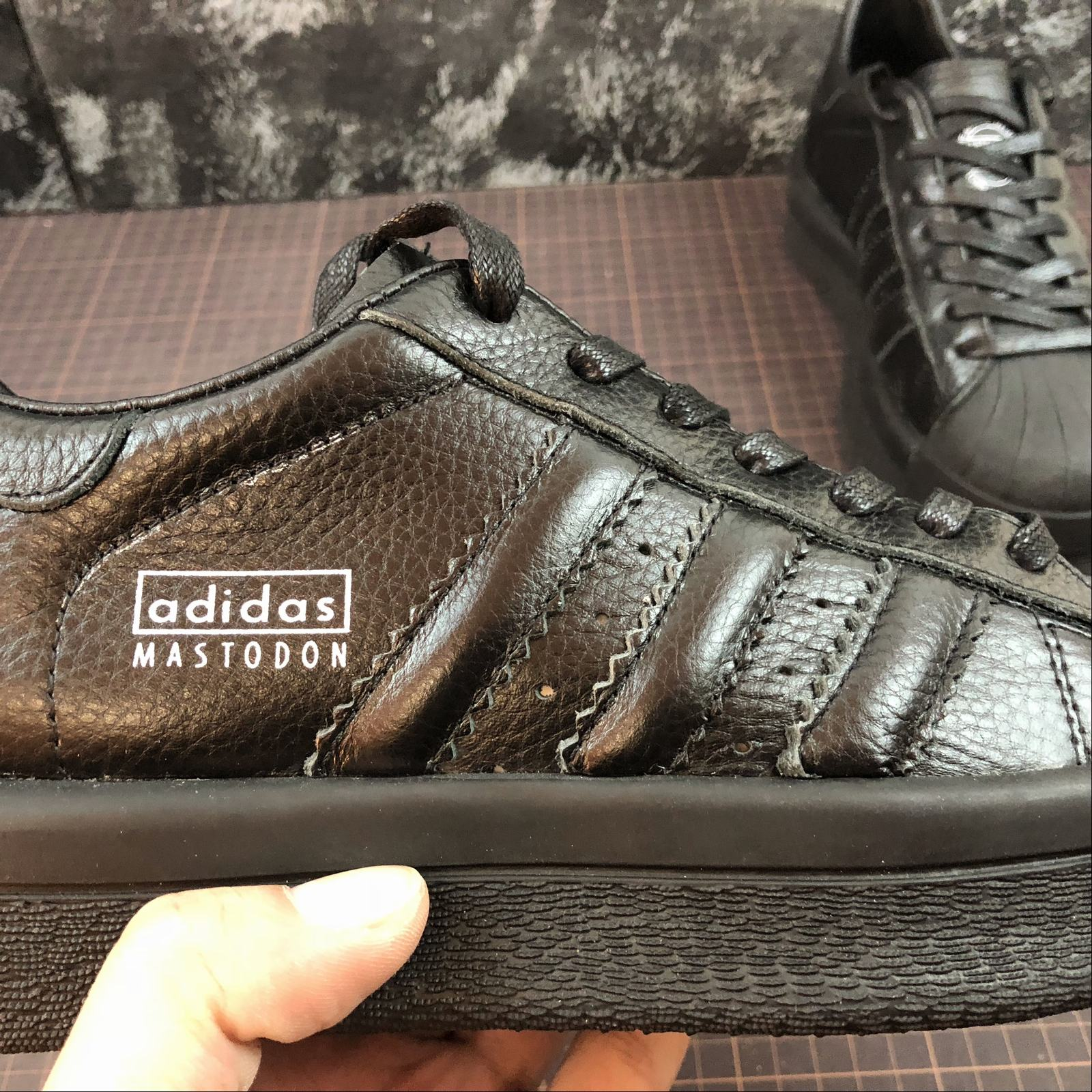Женские кроссовки Rick Owens x Adidas Mastodon Pro Model Ro Pearl low-top Women Black,Black with line - фото №10