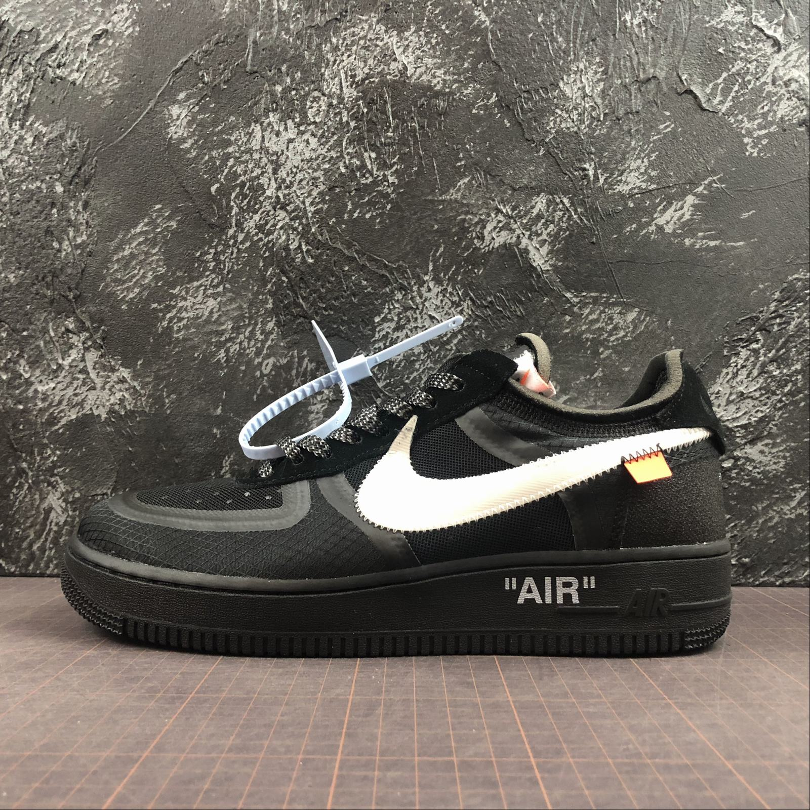 Nike Air Force 1 x Off White Men