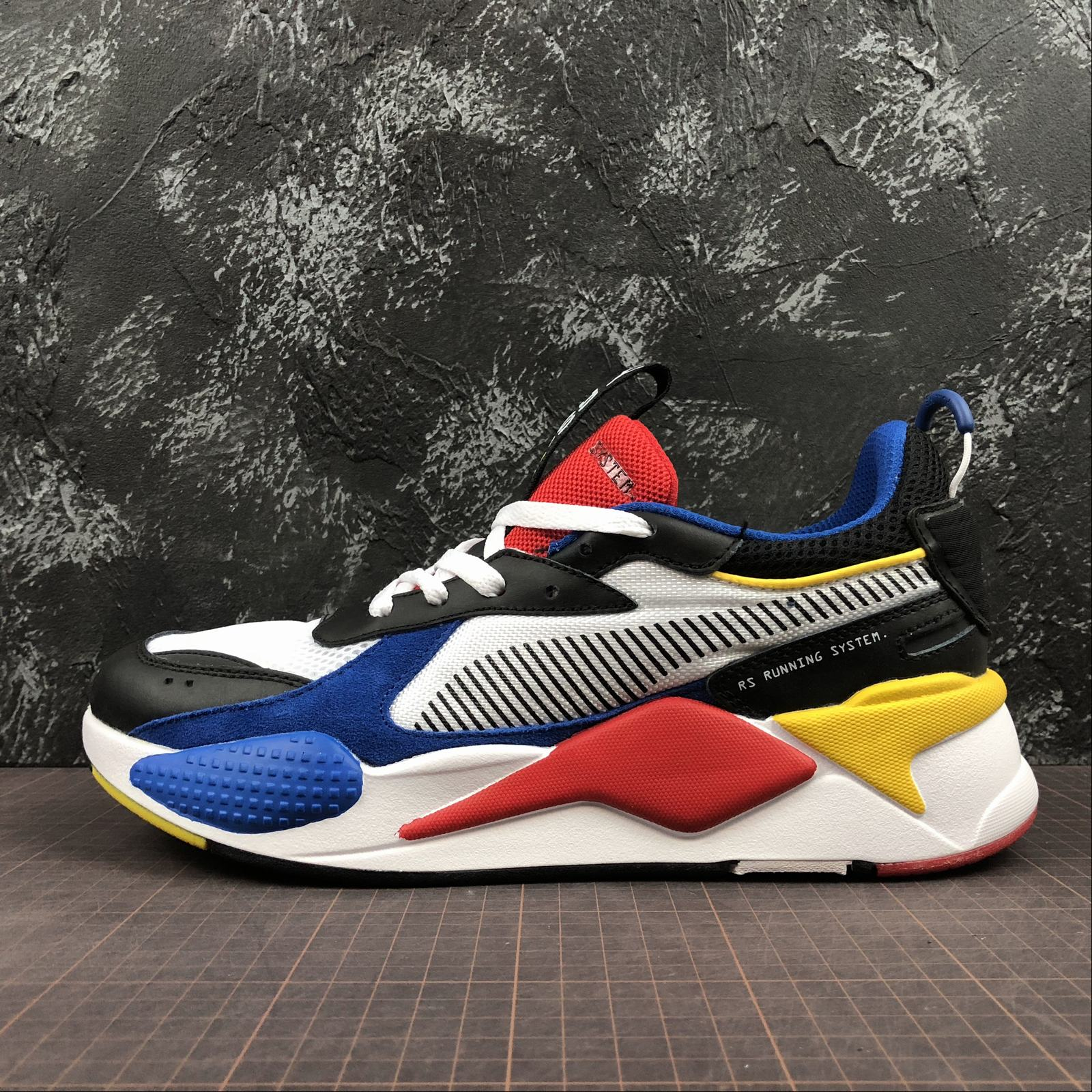 Женские кроссовки Puma RS-X Reinvention Women White,Blue,Blast