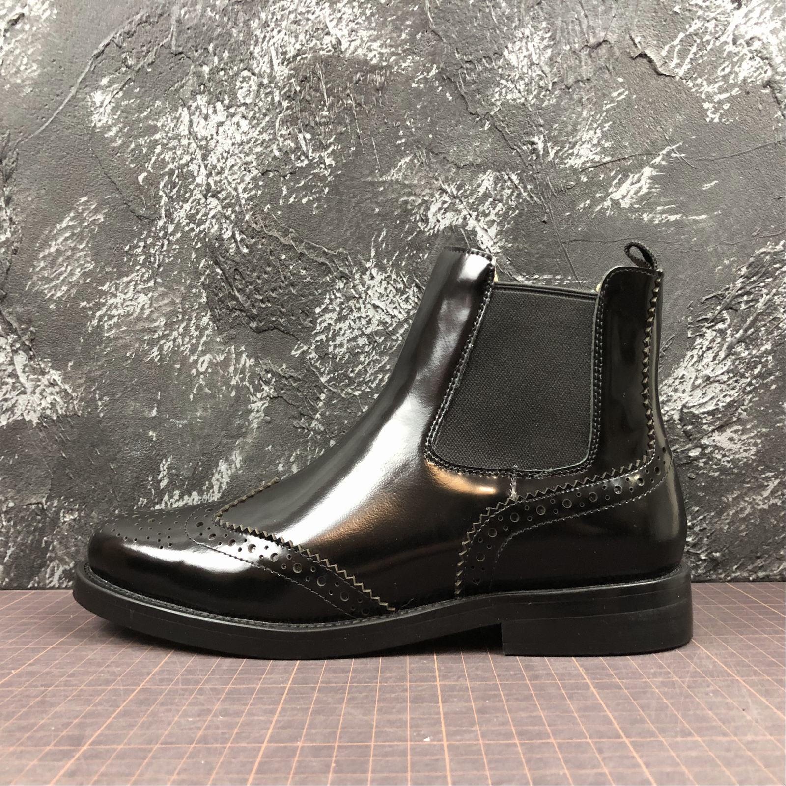 Женские зимние ботинки Churchs Ketsby Chelsea Leather Boots Black