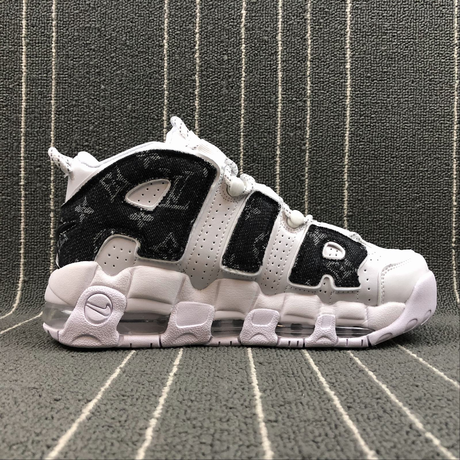 Женские кроссовки Nike Air More Uptempo 96 Women White,Black jeans - фото №2