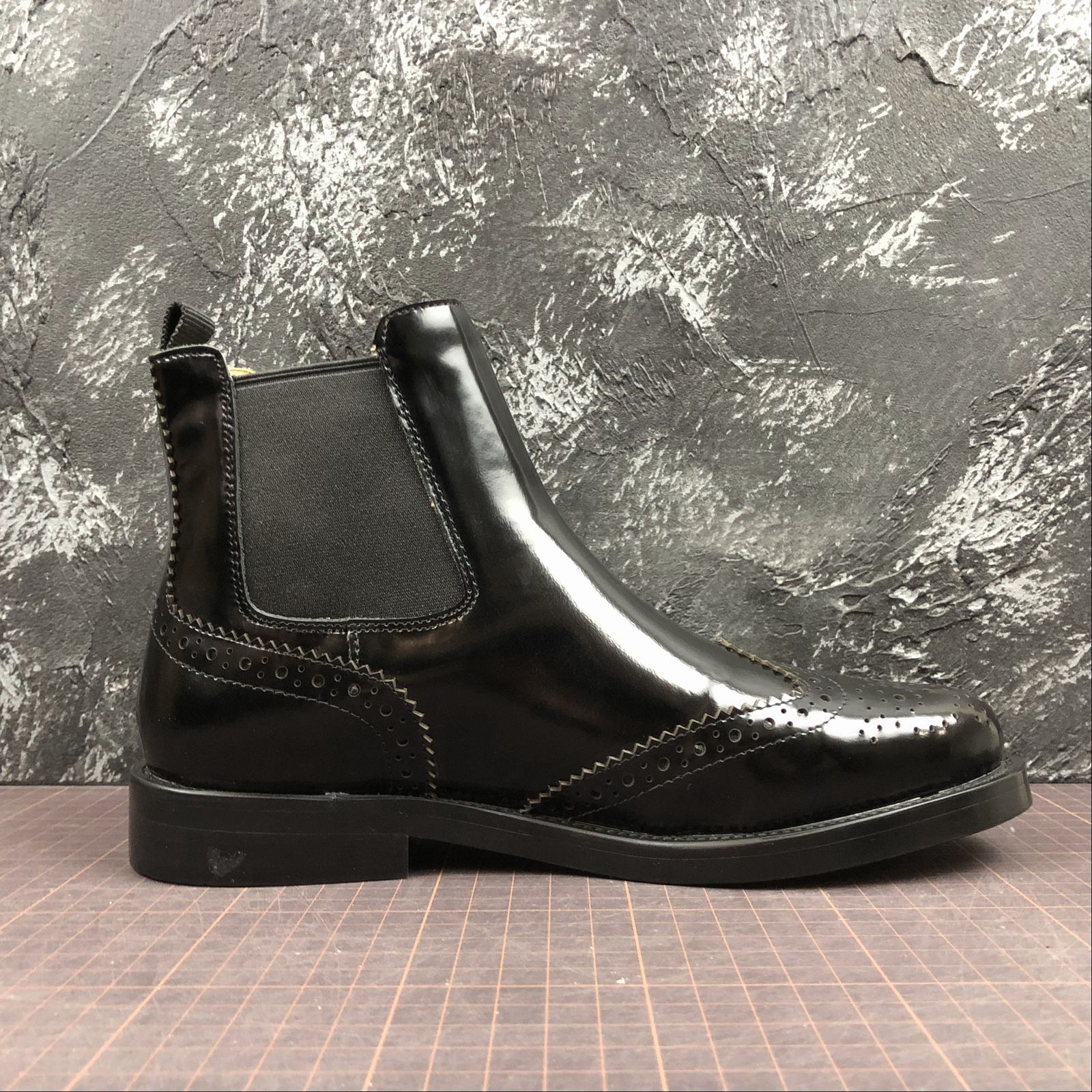 Женские зимние ботинки Churchs Ketsby Chelsea Leather Boots Black - фото №2