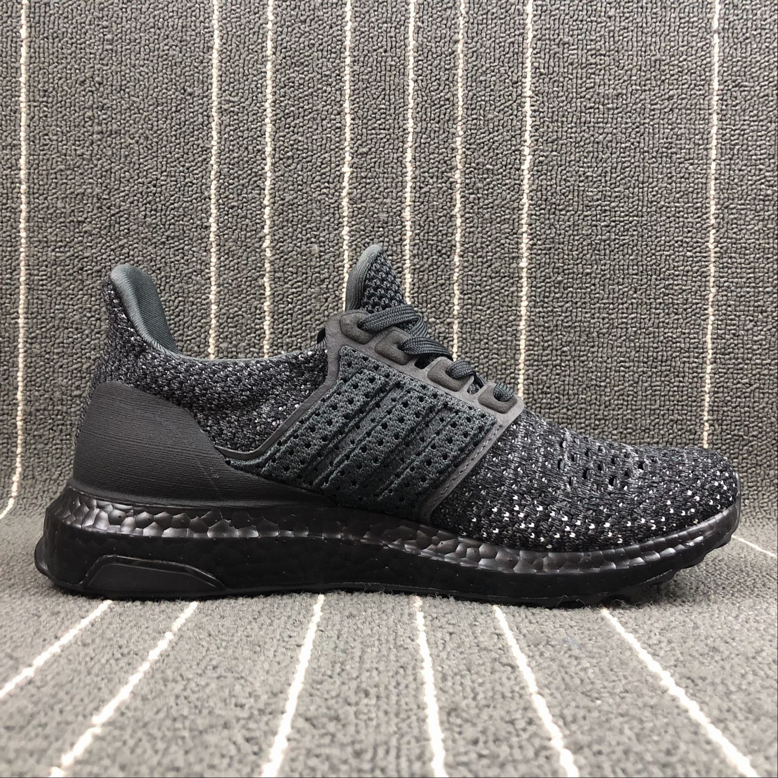 Женские кроссовки Adidas Ultra Boost UB4.0 Clima CQ0022 Women Black - фото №2