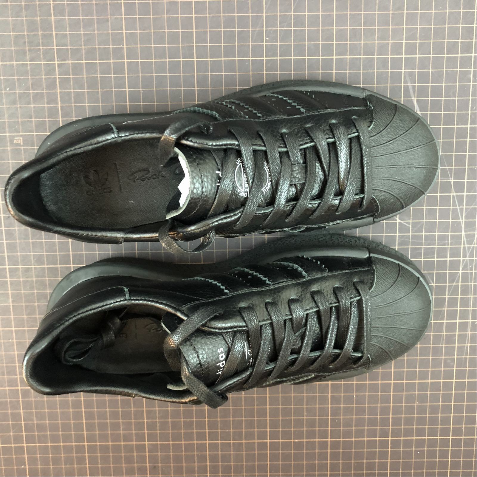 Женские кроссовки Rick Owens x Adidas Mastodon Pro Model Ro Pearl low-top Women Black,Black with line - фото №5