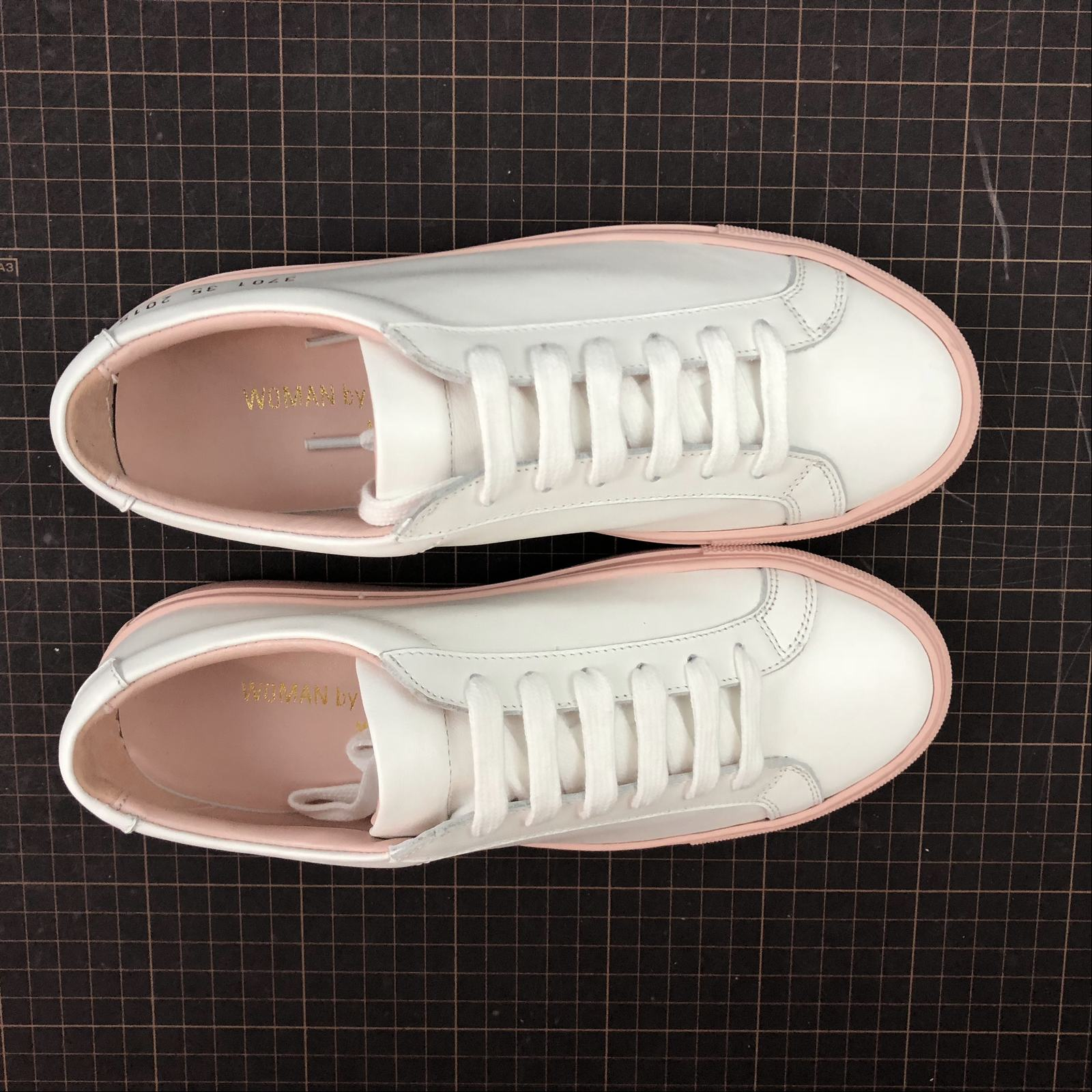 Женские кеды  Common Projects Achilles Low-Top Women White,Pink - фото №5