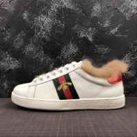 Gucci Ace Embroidered Bee high-top fur Women